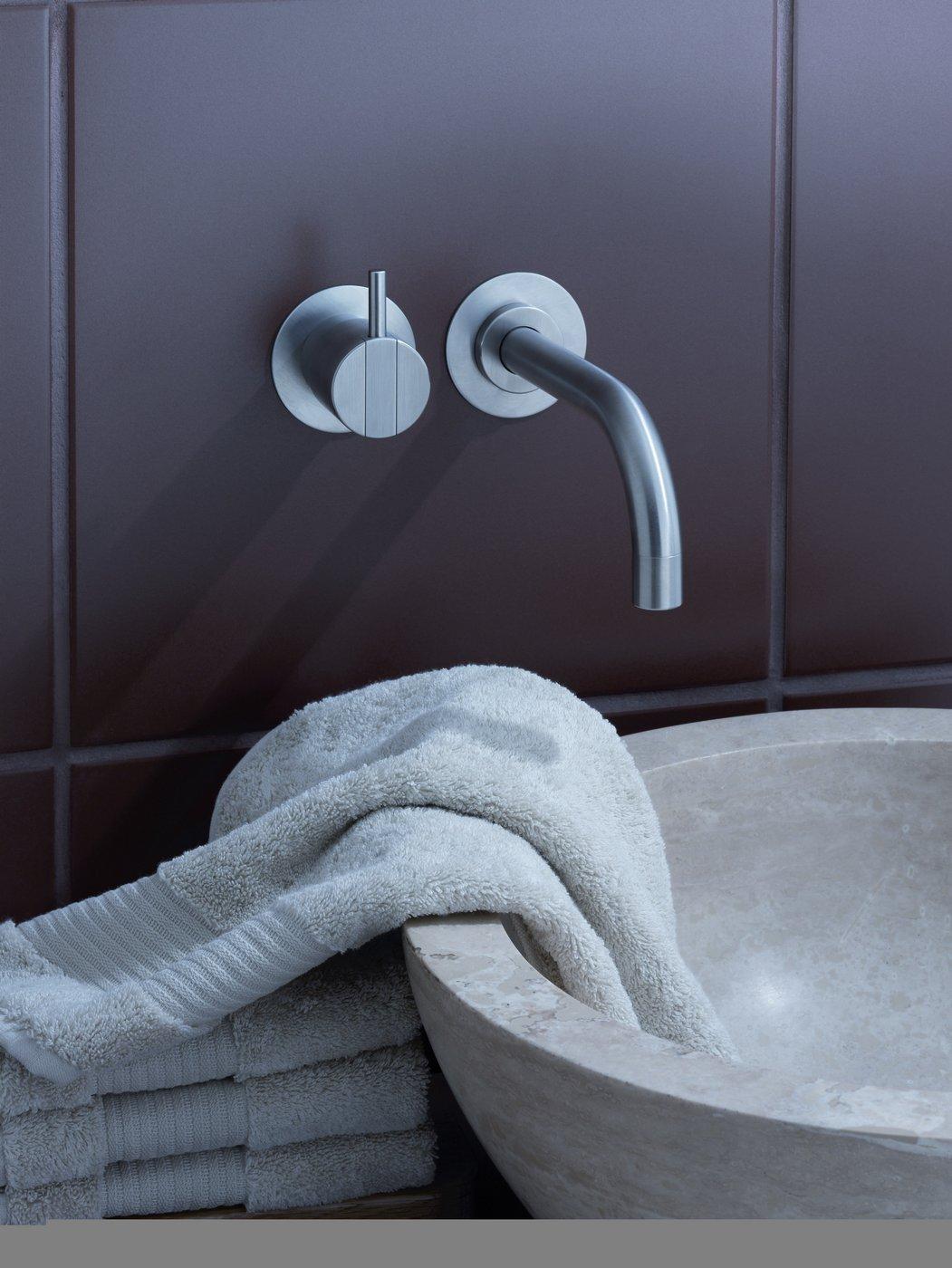 scholtes fliesen sanit r armaturen. Black Bedroom Furniture Sets. Home Design Ideas